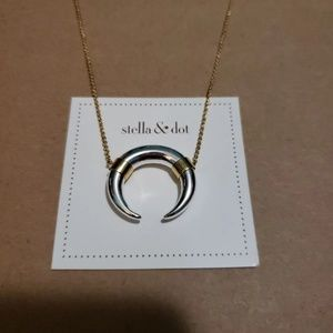 Stella & Dot Luna necklace